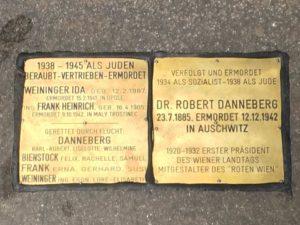 Gedenkstein für Robert Danneberg und andere